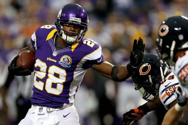 Minnesota Vikings: Adrian Peterson Record Chasing Season by the Numbers