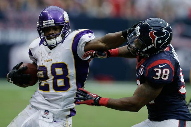 Breaking Down Where Adrian Peterson Stands in Race for Major Rushing Milestones