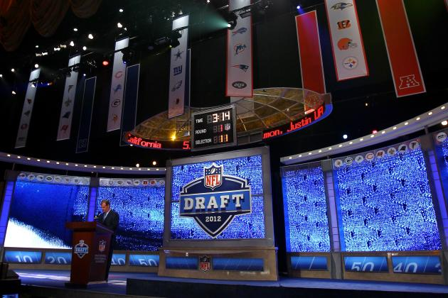 Oakland Raiders' Mock Draft: A Complete 7-Round Wish List