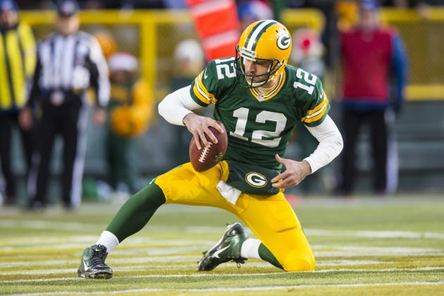 Aaron Rodgers and 4 NFL Players Catching Fire Heading into the Playoffs