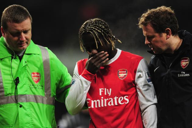Why Arsenal's Bacary Sagna and Barcelona's Dani Alves Are at Career Crossroads