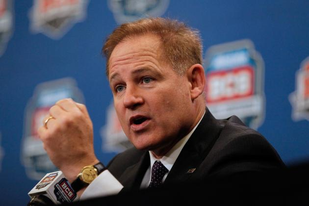Chick-fil-A Bowl 2012: Les Miles and Dabo Swinney's 5 Best Presser Moments