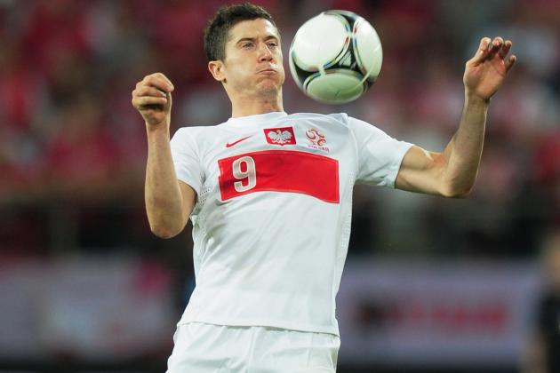 World Football Gossip Roundup: Adrian Lopez, Robert Lewandowski, Andre Schurrle