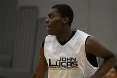 UK Basketball: How Does Dakari Johnson Compare to Anthony Davis, Nerlens Noel?
