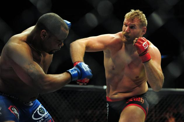 Who's Fighting for a UFC Job in Strikeforce's Final Event