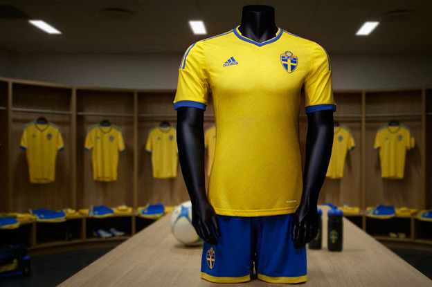 Top 10 New Soccer Uniforms We're Most Looking Forward to in 2013-14