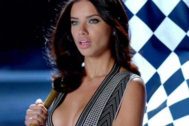 25 Sexiest Super Bowl Commercials