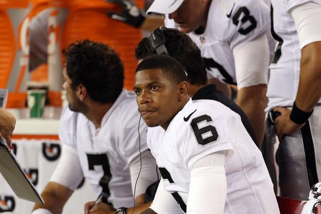 Carson Palmer vs. Terrelle Pryor: Who Should Be the Raiders' QB?