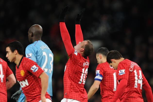 Manchester United: Is Wayne Rooney Living in Robin Van Persie's Shadow?