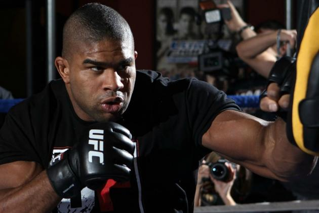 UFC 156: Keys to Victory for Alistair Overeem