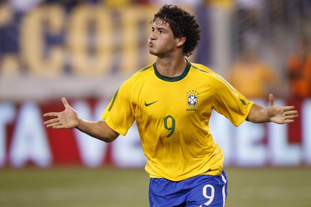 Breaking Down Alexandre Pato's 1st Appearance for Corinthians