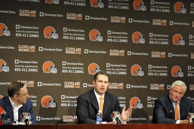 Players the Cleveland Browns Absolutely Must Re-Sign This Offseason