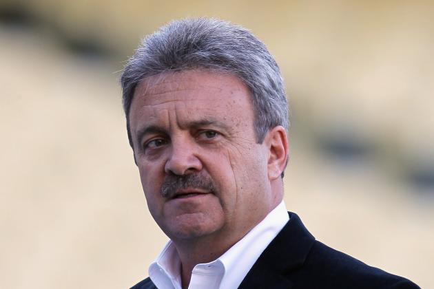 Los Angeles Dodgers: 5 Moves That Ned Colletti Wishes He Could Take Back