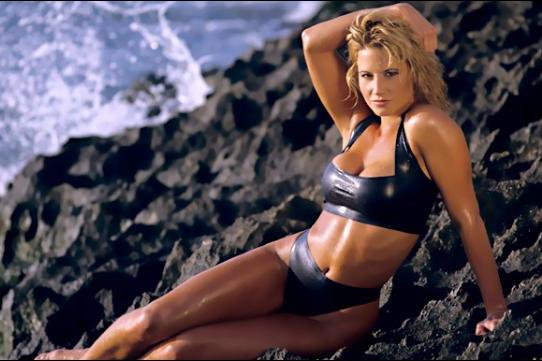 The 7 WWE Best Divas of All Time