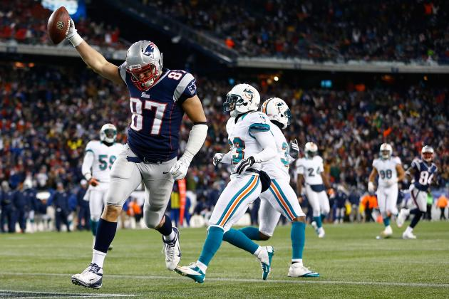 5 Reasons to Show Gronk Some Belated Valentine's Love