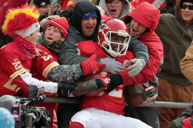 Chiefs Must Draft Defense After Re-Signing Bowe and Tagging Albert