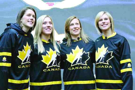 10 Players to Look Out for at the 2013 IIHF Women's World Championships