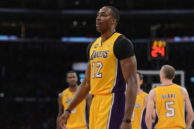 Why Los Angeles Lakers Should Move on from Dwight Howard Experiment