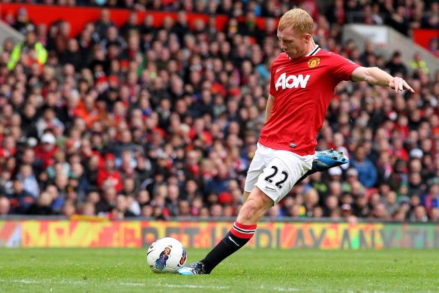 Why Manchester United Must Replace Paul Scholes to Be a Truly Great Team