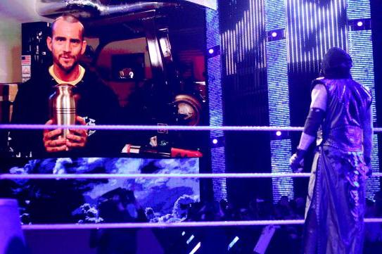 WWE Raw Results and Report Card 3/18/13: Undertaker, CM Punk and HHH Signs