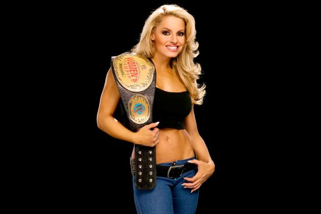 WWE Hall of Fame 2013: Ranking Trish Stratus' 10 Greatest Matches