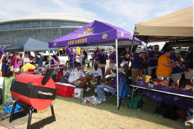 Top 25 Tailgating Schools in College Football