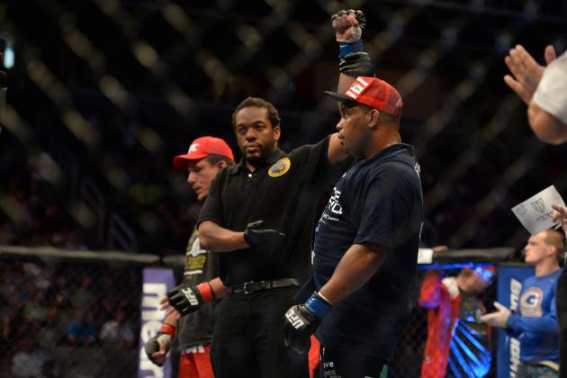 3 Reasons Daniel Cormier Doesn't Present a Real Threat to Jon Jones