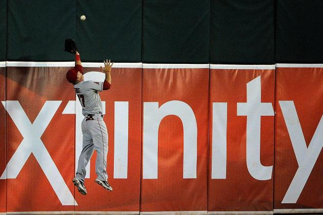 Ranking Baseball's Most Incredible Wall Grabs of the Past 20 Years