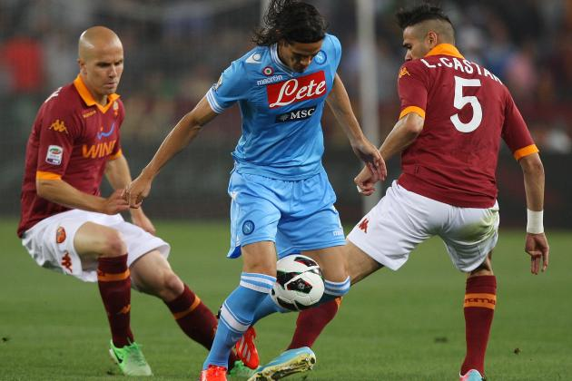 Edinson Cavani Transfer Rumours: Latest News on the Napoli Star