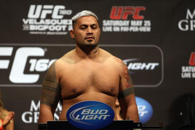 3 Questions We Have About Mark Hunt Ahead of UFC 160