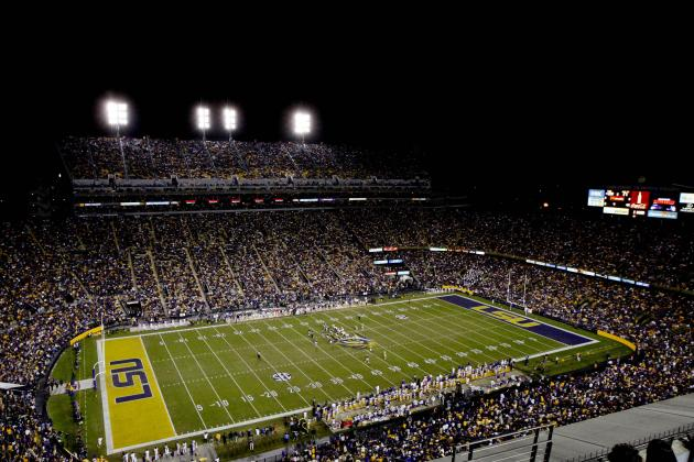10 Best College Football Stadiums for Night Games