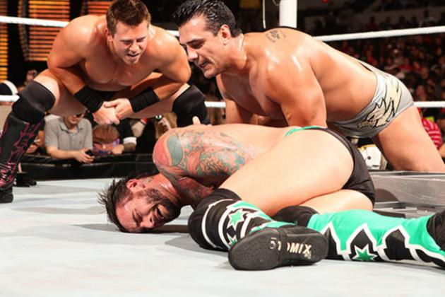 Ranking WWE's 10 Most Exciting Triple Threat Matches Ever