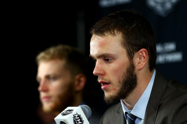 Chicago Blackhawks: Who Suits Up If Jonathan Toews Misses Game 6?