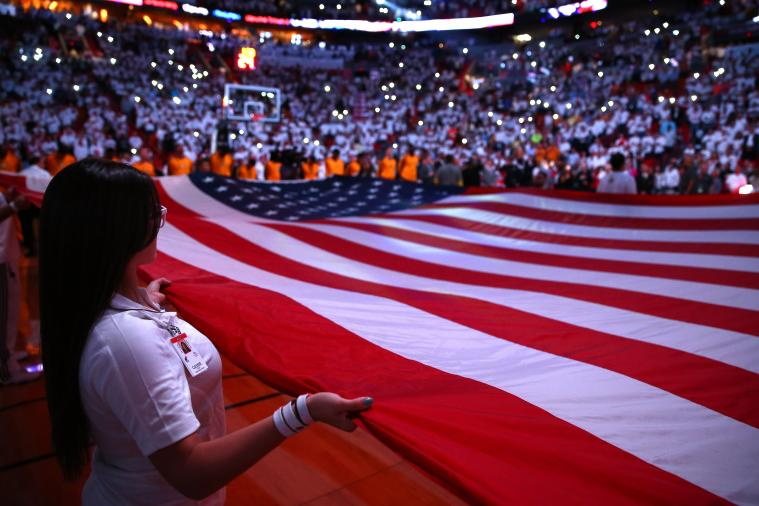 50 Awesomely Patriotic Sports Pictures