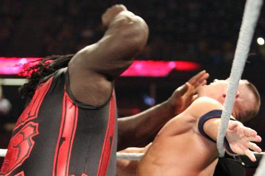 WWE Money in the Bank: John Cena vs. Mark Henry Is Wrong for the Philly Fans