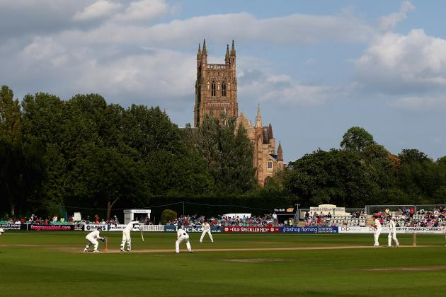Worcestershire vs. Australia: Day 3 Review