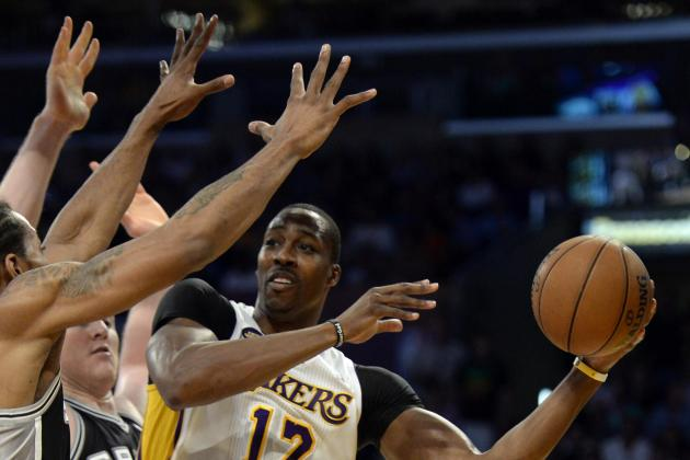 Pros, Cons of LA Lakers Signing & Trading Dwight Howard vs. Watching Him Walk