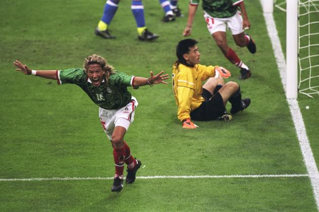 5 Best Mexican Strikers of All Time