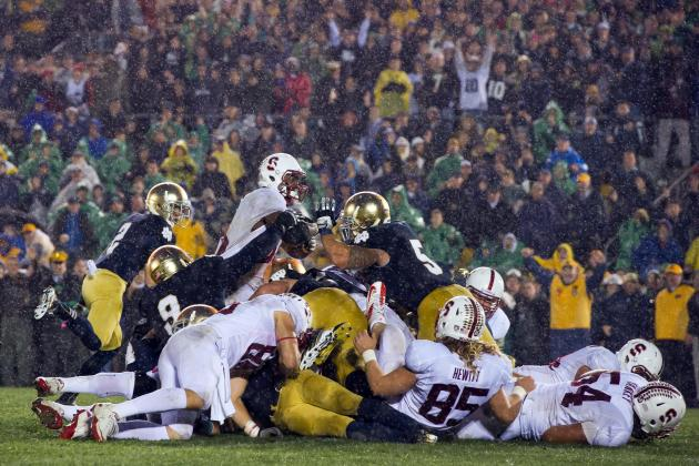 Notre Dame Football: Breaking Down the Vegas Odds on Each Irish Game