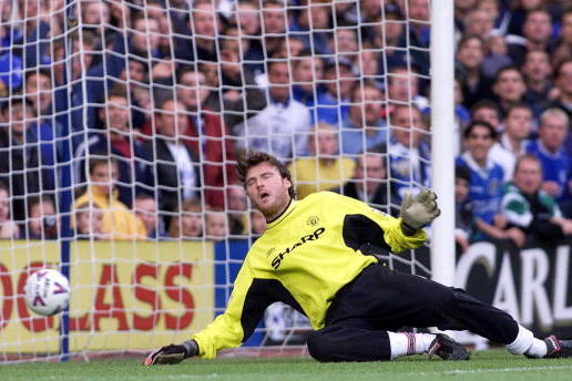 From Higuita to Taibi: The 10 Worst Goalkeeping Errors of All Time