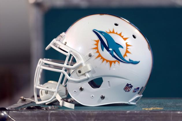 Miami Dolphins: Which Players Are Rising and Falling Through 2 Weeks of Camp
