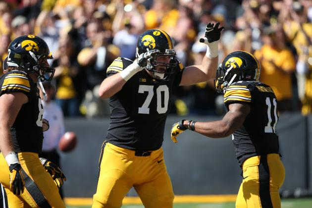 College Football Week 5 Picks: Iowa Hawkeyes vs. Minnesota Golden Gophers