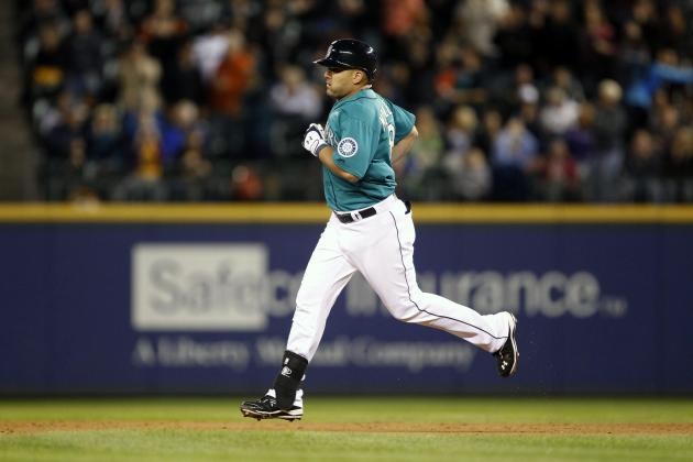 Seattle Mariners: First Basemen Team Should Pursue This Winter