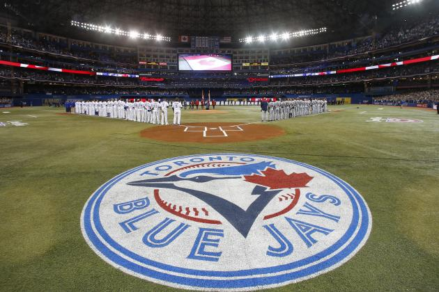 Toronto Blue Jays Offseason Tracker: Hottest Trade Rumors, Free-Agency News