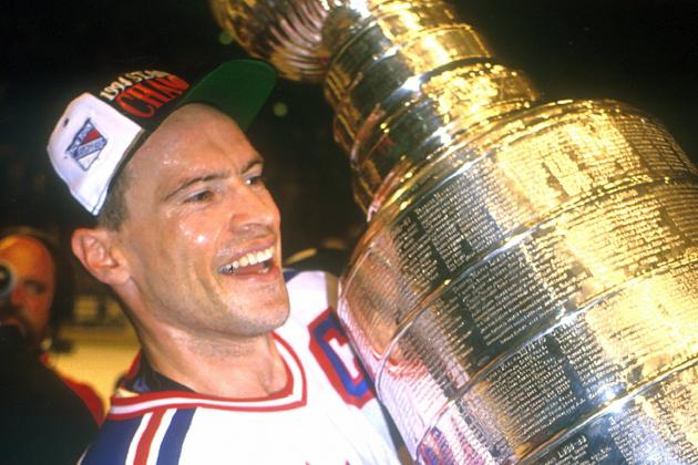 10 All-Time NHL Greats Who Acted as Their Own Enforcer