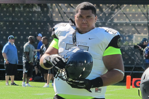 7 Reasons Why 5-Star OL Damien Mama Could Sign with USC