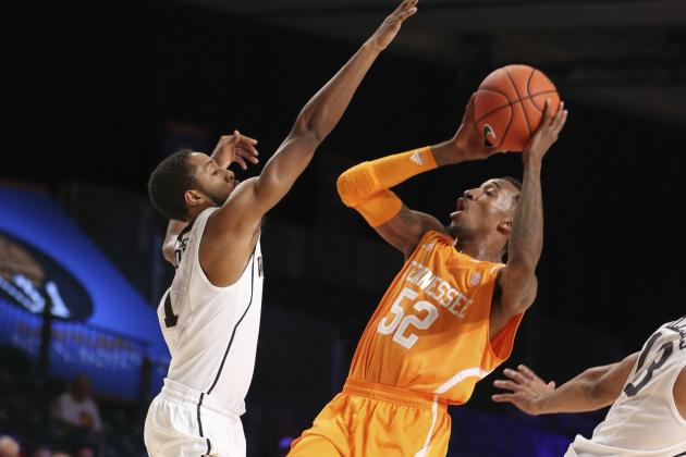 Kentucky Basketball: Early Scouting Reports for Top SEC Rivals