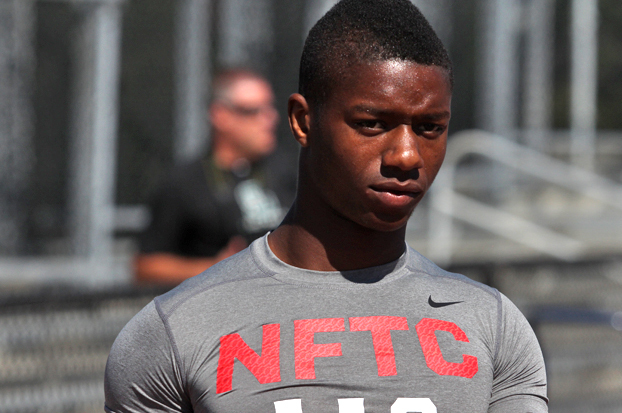 7 Reasons Why 5-Star RB Joe Mixon Will Sign with California