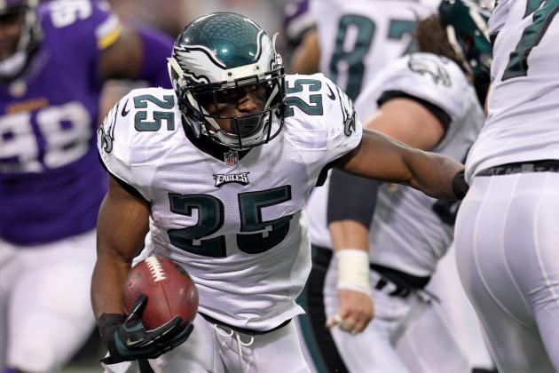Today's Best Running Backs and Their Throwback Comparisons