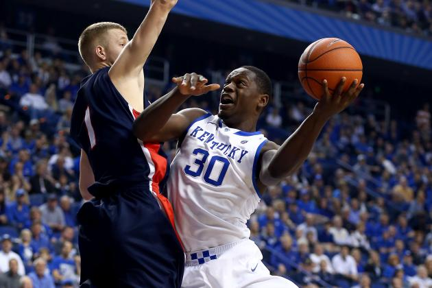 Every Top 25 College Basketball Team's Bread-and-Butter Play